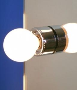 gro er schminkspiegel mit beleuchtung wc91 hitoiro. Black Bedroom Furniture Sets. Home Design Ideas